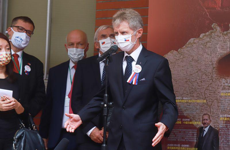 為何捷克議長回國後不承認台灣?眾抖「一關鍵」:別怪他