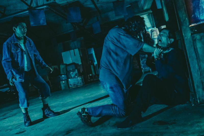 ▲劇組在桃園選擇了知名廢棄飯店拍攝,讓所有人都毛毛的。(圖/華影)
