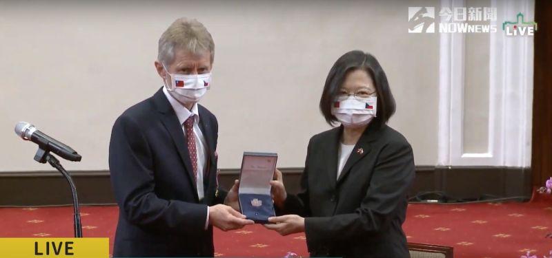 接見韋德齊 蔡英文:台灣為自由的付出一定會被世界看見