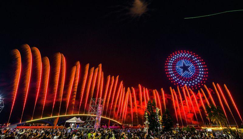 澎湖<b>花火節</b>璀璨閉幕 無人機、黃小琥表演驚艷25000人