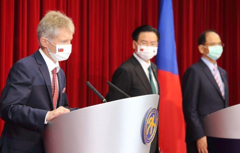 回國後跳針?捷議長改口「沒說台灣是國家」 網一看崩潰
