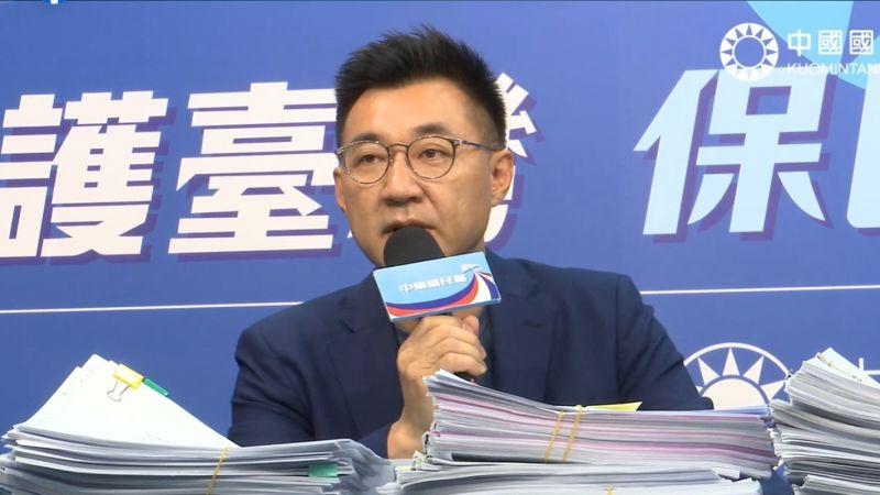 國民黨主席江啟臣4日表示,已經取得1萬1千多份「公投綁大選」第一階段提案連署書,近日將送中選會審查;至於海峽論壇事宜還在討論中。(圖/國民黨提供)