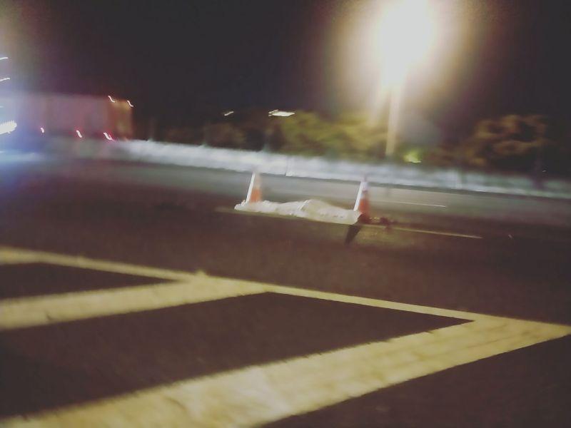 女子客運車上開安全門跳下 遭後車輾過當場死亡