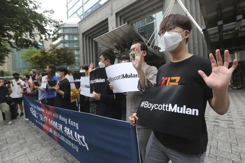 《花木蘭》致謝新疆政府惹議!<b>迪士尼</b>挨批為迫害人權共犯