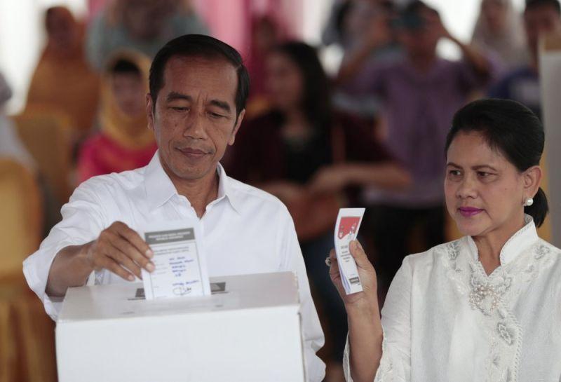 掃街嗨過頭?印尼37名候選人未選先染疫 民眾哭笑不得