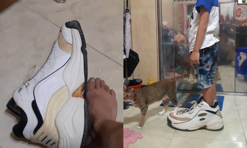 ▲男網友PO出收到的「超大鞋子」。(圖/翻攝自《爆笑2公社》)