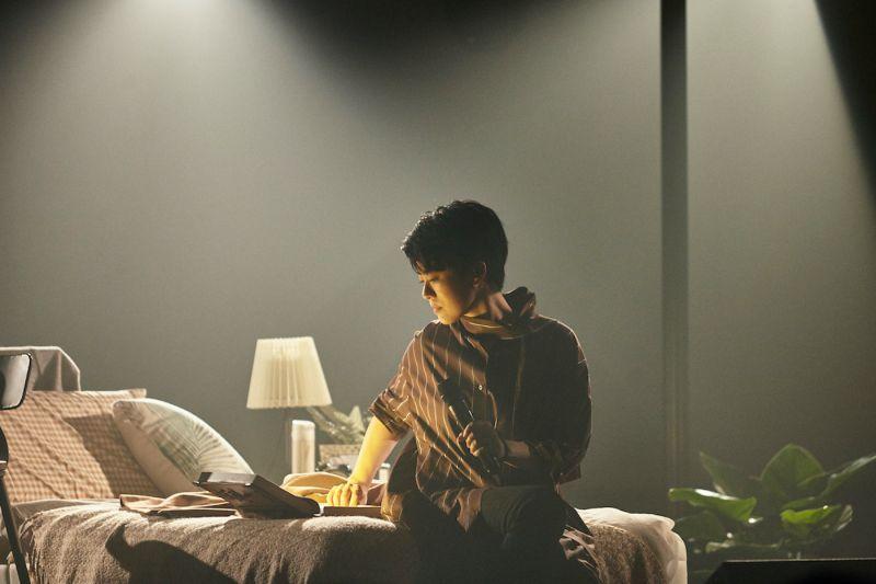 女星「<b>開房間</b>」談心 錄音帶藏童年故事