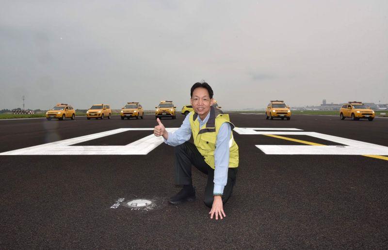 桃園機場北跑道刨鋪今完工 南跑道10月封閉施工