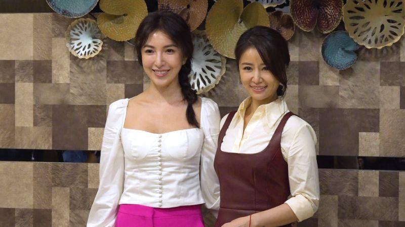 ▲楊謹華(左)、林心如飾演酒店老闆娘。(圖