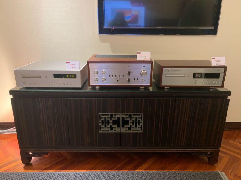 ▲經典380系列,D380真空管CD唱盤、LX380真空管綜合擴大機,外觀採用原木機殼搭配鋁合金面板,呈現出復古氣質。(圖/記者鄭志宏攝)