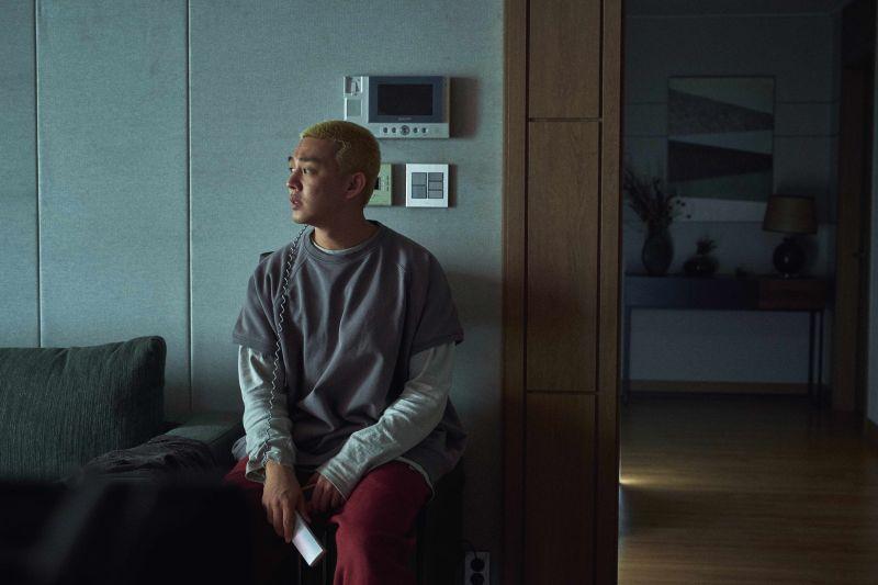 劉亞仁:死之前也要吃泡麵 躲公寓煮「最後一餐」