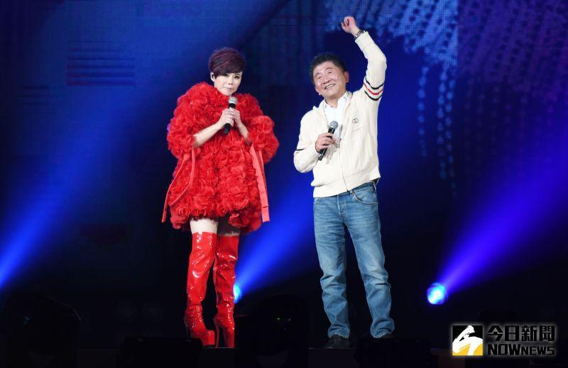 ▲陳時中擔任詹雅雯演唱會嘉賓。(圖/記者林調遜攝, 2020.09.12)