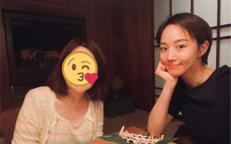 <b>張鈞甯</b>攜凍齡媽咪出遊 網讚:都是氣質女神