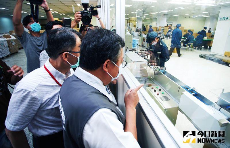 國內首家防偽雙鋼印口罩國家隊 善存科技將日繳20萬片