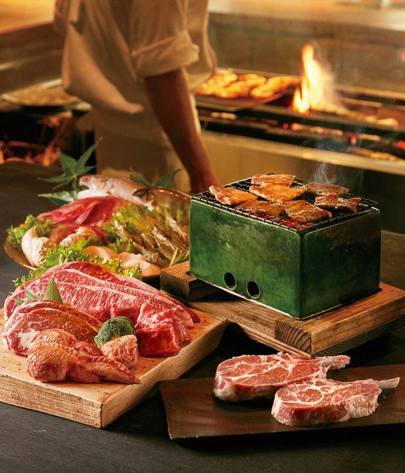 ▲進口肉品供應商推出以美國極黑和牛為主的中秋禮盒。(圖/業者提供)