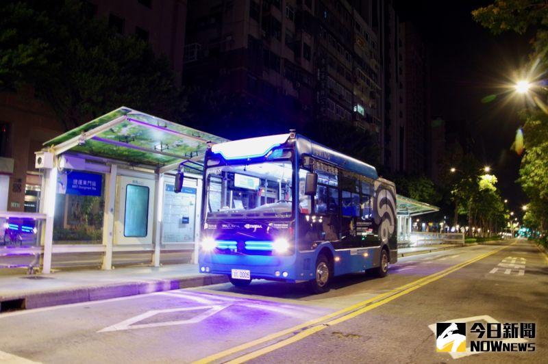 自駕車來了/台北深夜公車積極測試 最快9月底可載客