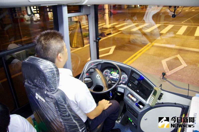 自駕車來了/想要真正上路沒那麼簡單 交通法規急需調適