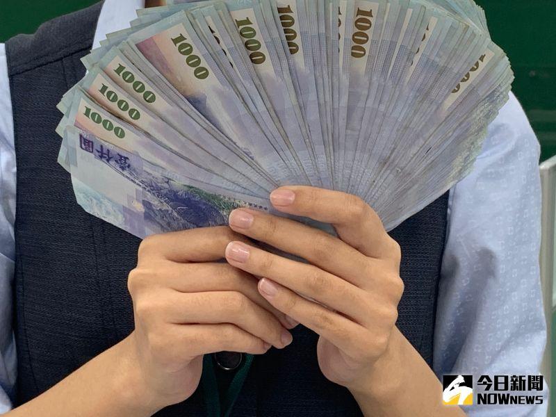 再破「楊金龍防線」 新台幣早盤強升1.71角觸28.98元