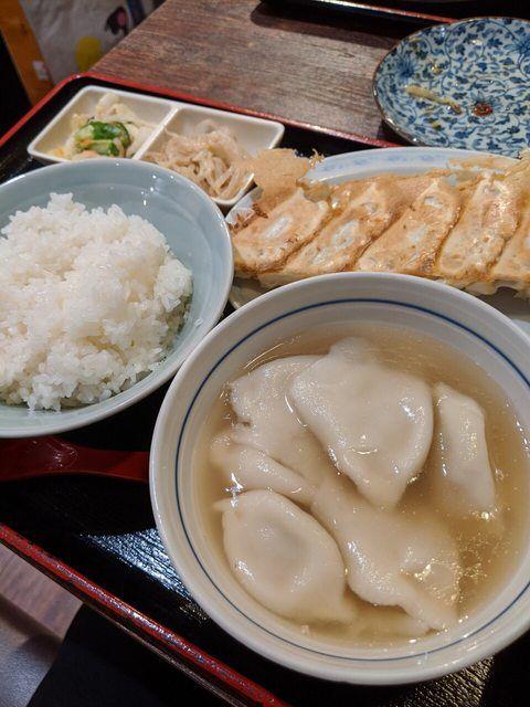 ▲網友不解為何日本人日常食物攝取這麼多澱粉,卻還是身材纖瘦。(圖/翻攝PTT)