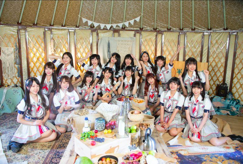 AKB48 Team TP拍攝MV時,因為人數太多,所以有部分的成員是住在蒙古包裡。(圖/好言娛樂提供)