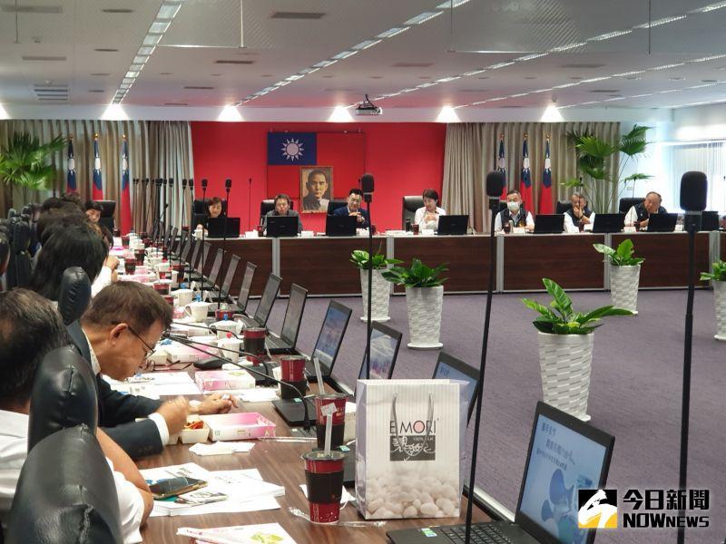 20立委拜會市府談前瞻 盧秀燕:預算不分藍綠