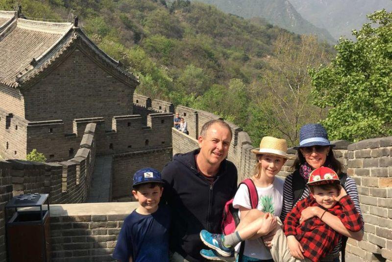 澳洲記者爆駐北京恐怖經歷 半夜全家人倉皇搭機逃離中國