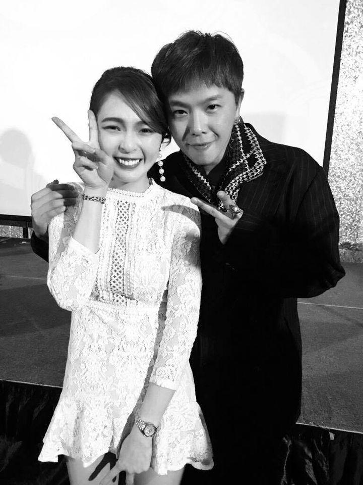 ▲黃沐妍(左)思念小鬼。(圖/黃沐妍臉書)
