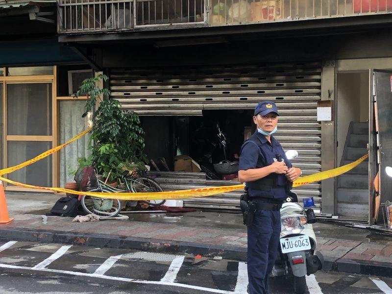 ▲內湖一養護機構發生火警,警方證實機構未立案。(圖/記者丁上程攝)
