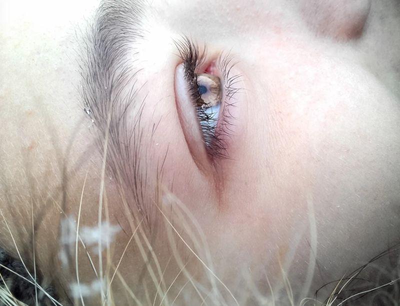 ▲知名命理師艾菲爾在臉書粉絲團《塔羅牌老師艾菲爾》提到,其實眼皮跳除了健康因素之外,也可以用眼皮跳的時間,與左眼跳或右眼跳,來注意一下未來有可能發生的事情。(示意圖/翻攝自Pixabay)