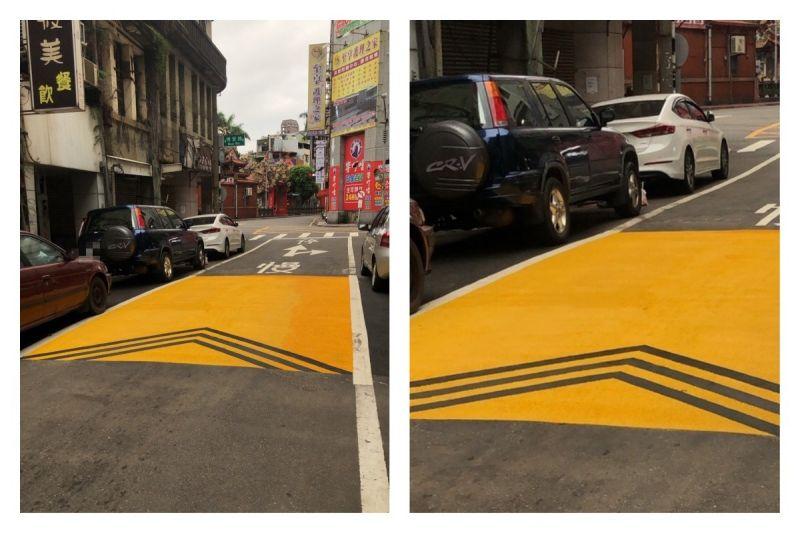 ▲網友在馬路上看見陌生的道路標線,拍照分享後引發熱議。(圖/翻攝自批踢踢)