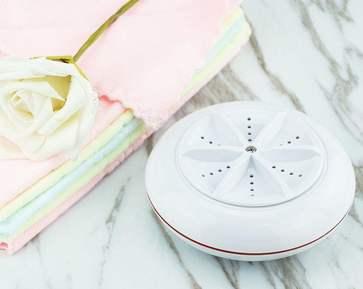 ▲讓人出門也能洗衣的「隨身洗衣機」,今(26)日也上了成為電商平台熱搜榜。(圖/台灣樂天市場提供)