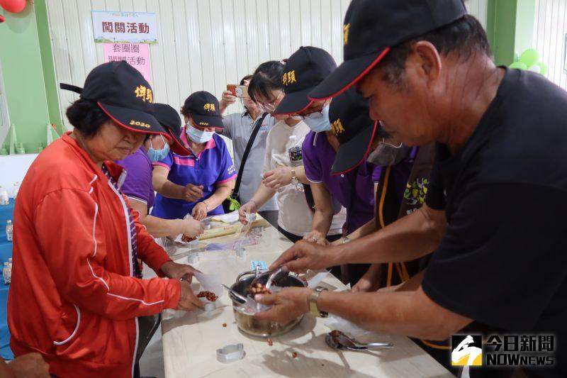 ▲花生糖DIY體驗。(圖/記者陳雅芳攝,2020.09.26)