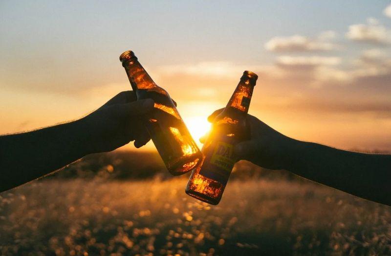 ▲網友好奇問,大家會討厭愛喝酒的人嗎?(示意圖/翻攝自《pixabay》 )
