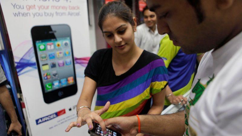 ▲《路透社》引述多個消息,稱印度政府推出的生產鏈計畫,吸引蘋果3家台廠投資。(圖/翻攝自IndiaToday)