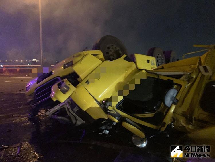 影/國道三號氫氣槽車失控擦撞護欄 爆炸起火駕駛罹難