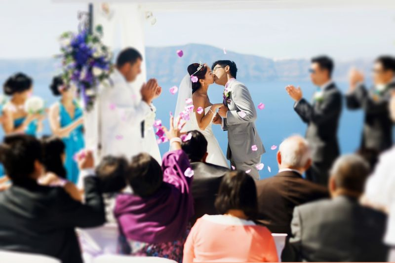 <b>老外</b>參加婚禮應該穿什麼?網友神回「一關鍵」秒判斷