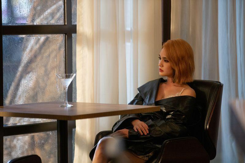 楊丞琳曬「成年禮禮物」 緊身皮衣激秀S曲線