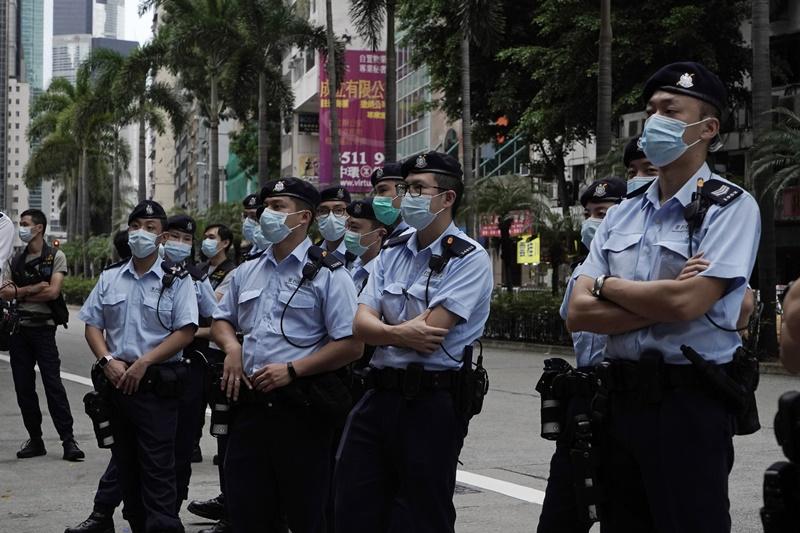 ▲香港警察今( 1 日)於多區戒備。(圖/美聯社/達志影像)