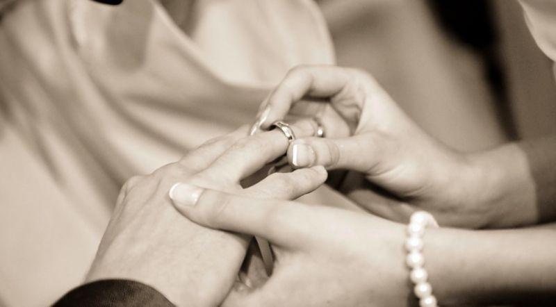 女為「婚禮<b>邀請</b>名單」煩心!選項曝光 過來人答案一面倒