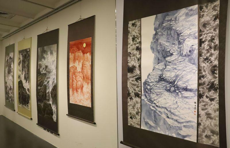 ▲陳茂玄父子女三人創作聯展作品分別呈現傳統、傳承與創新,值得一看。(圖/記者蘇榮泉攝,2020.10.09)