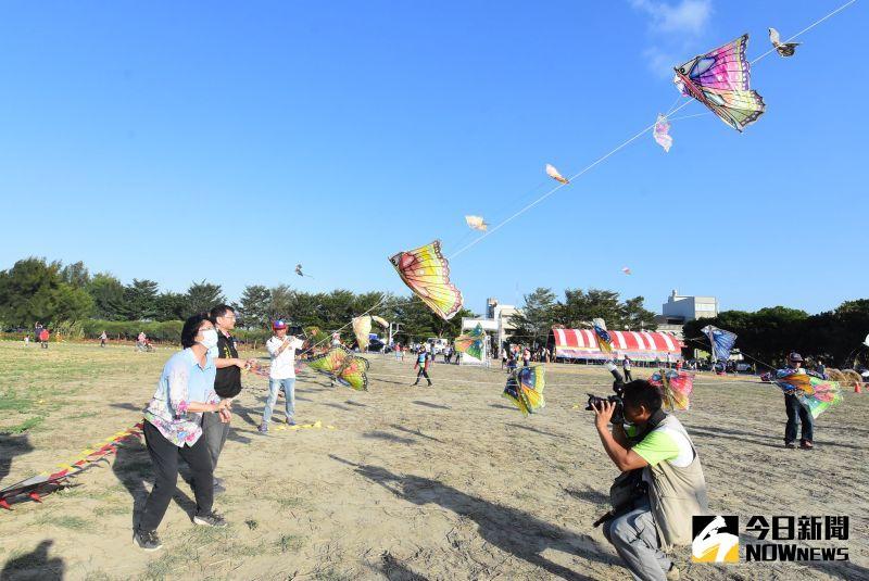 ▲二林鎮公所首次舉辦大型風箏節活動,希望能翻轉劣勢成優勢,讓風箏節也能帶動地方觀光。(圖/記者陳雅芳攝,2020.10.11)