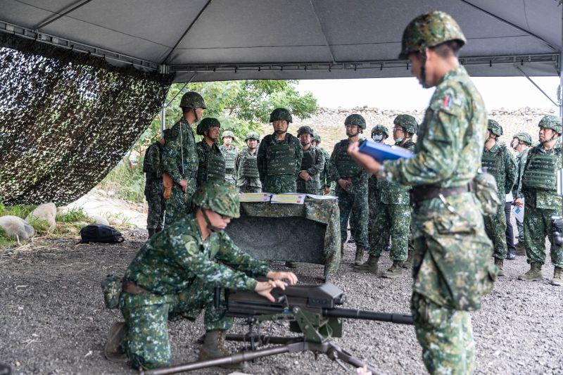 台灣進入社區感染期 後備軍人教召暫停至6月底