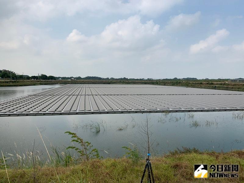 嘉義縣與台糖合作 第一座浮力式<b>太陽光電</b>廠今正式啟用