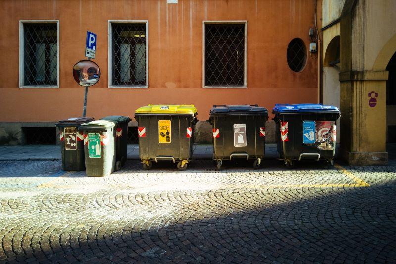 管委會這樣收錢!垃圾、停車都要算 全場臉綠:房價慘了
