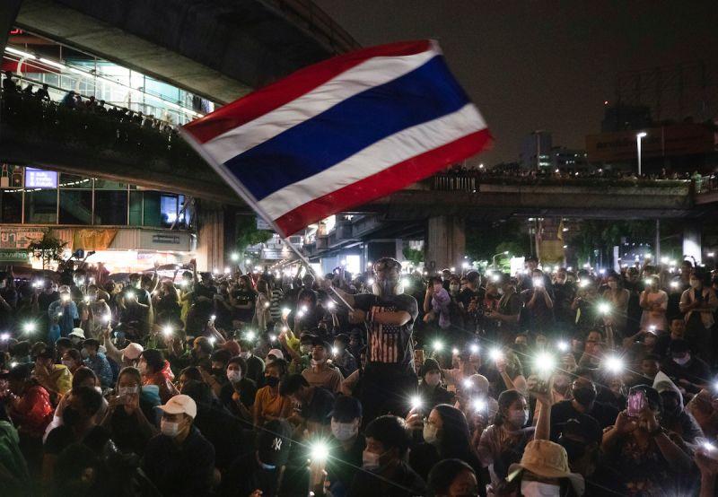 泰國反政府示威延燒3個月 總理終於回應:願傾聽問題