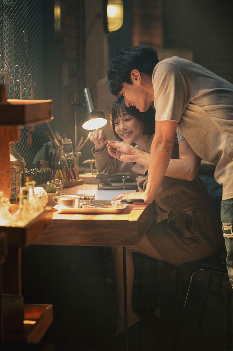 ▲▲▼謝欣穎為遊戲《月光雕刻師》拍攝主題曲