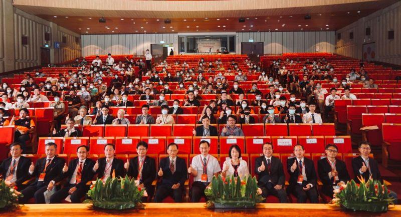 成功大學舉辦永續創新基礎設施國際研討會