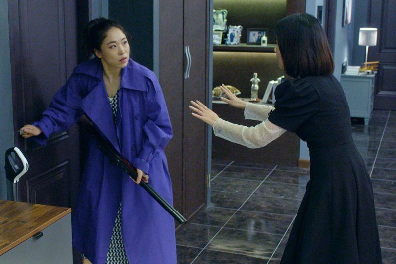 ▲▼李美到(左)片中飾演A咖巨星。(圖/采昌)