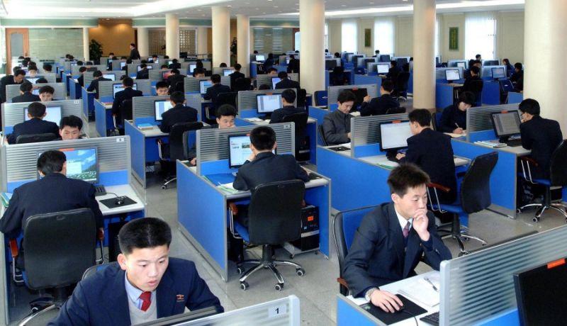 ▲美國助理司法部長近日聲稱,中國協助北韓訓練駭客,從事網上竊盜及洗錢等行為。資料照非當事人。(圖/美聯社/達志影像)