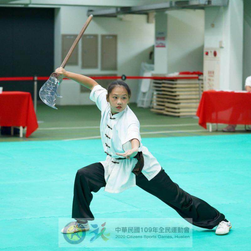 ▲吳佩真擅長長兵器,為台南贏得金牌佳績她表示十分光榮(圖/台南市政府提供)